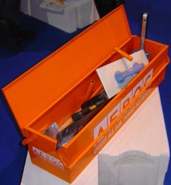 Aeroc  Ящик для инструментов АЭРОК для газобетона