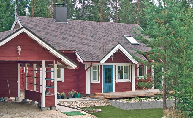 финский дом, детская кроватка для двойни и дизайн спальни в красном цвете.